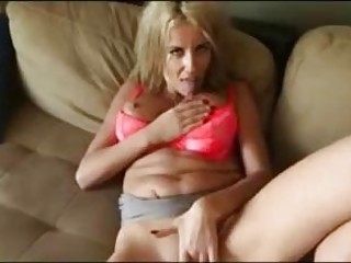 Amateur blowjob from his blonde Panama chick