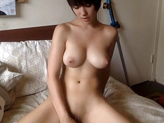 Chick with outstanding body does a great fetish cosplay show
