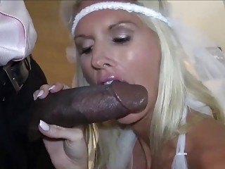 Skinny bride gets her butt smashed in a crazy interracial
