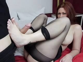 Horny mom gives the best footjob