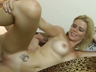 Blonde with great tits rides a pulsating schlong